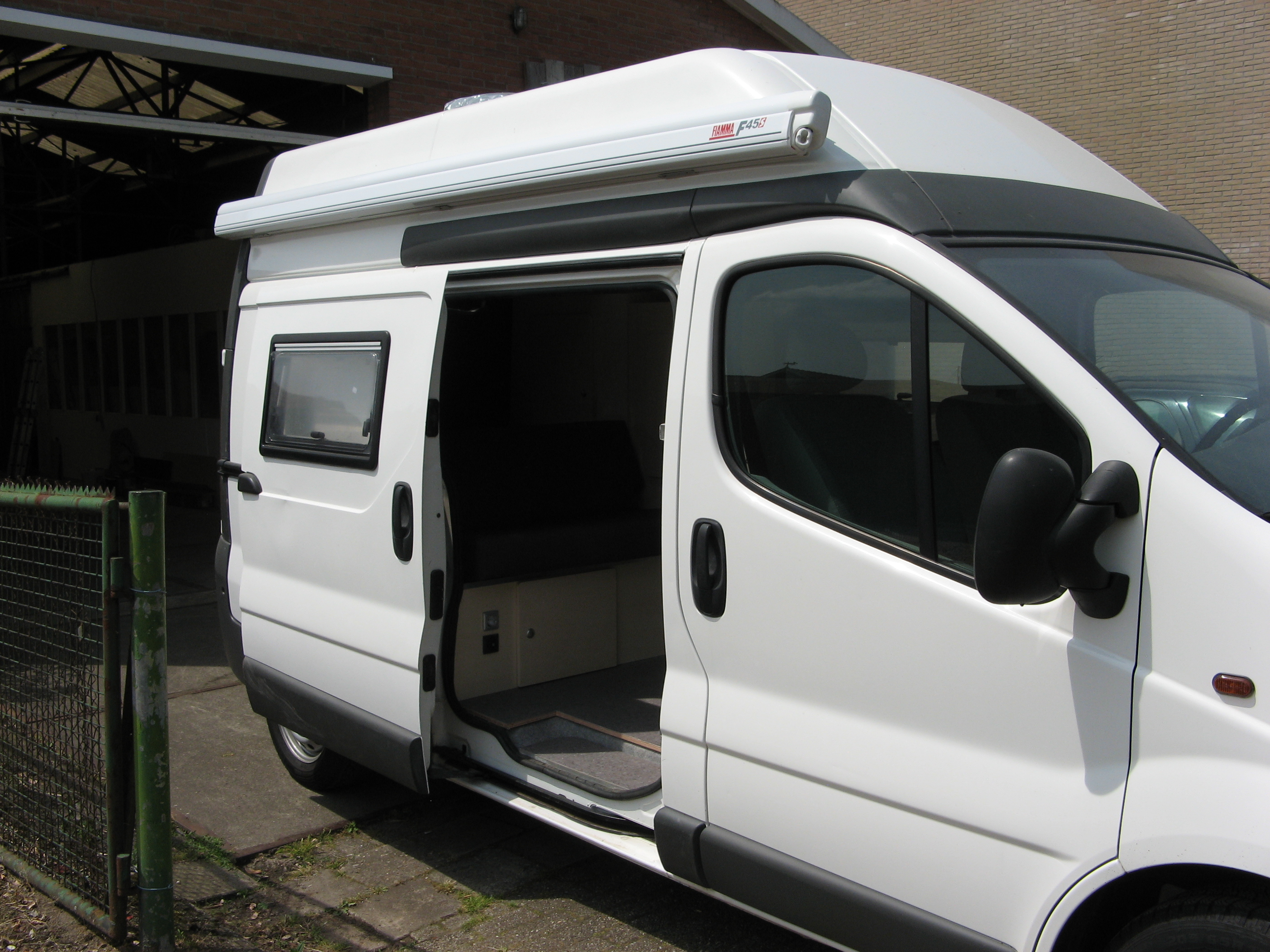 ford transit connect camper ford transit connect tuning transit camper van youtube does the. Black Bedroom Furniture Sets. Home Design Ideas