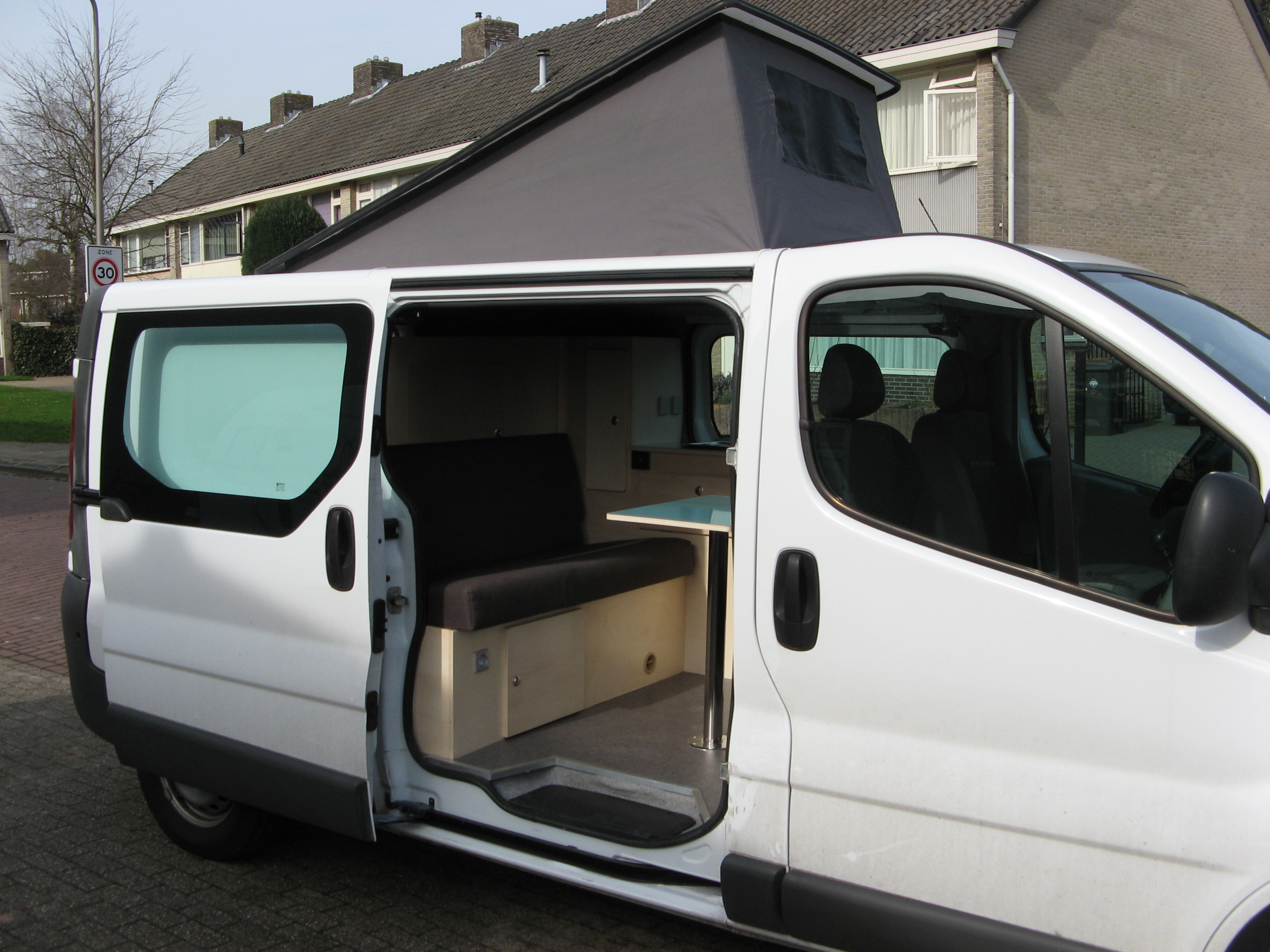 opel vivaro l2 h1 uw camper op maat. Black Bedroom Furniture Sets. Home Design Ideas